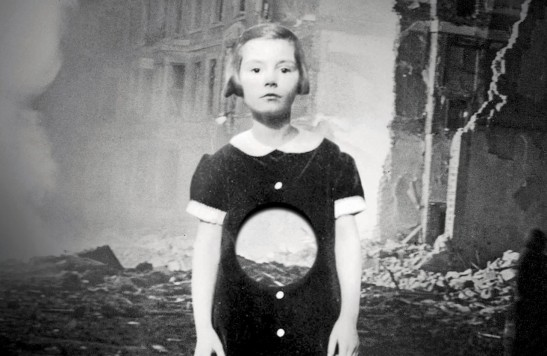 An image from the cover of Hollow City by Ransom Riggs the sequel